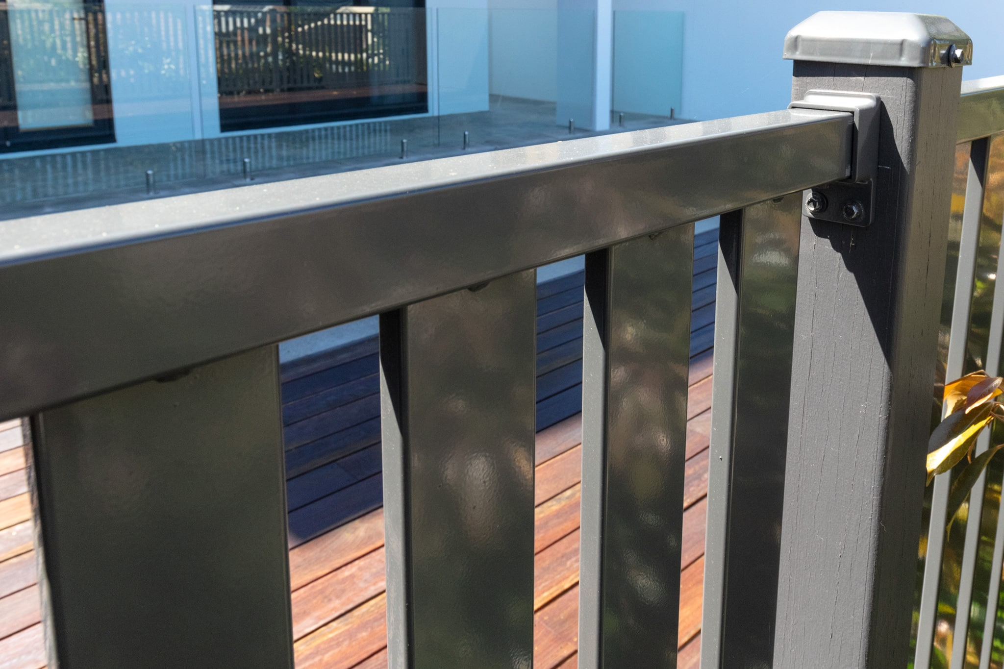 Aluminium Vertical Slated Pool Fence